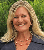 Kari Warberg Block of Earth-Kind Wins SBA Small Business Person of the Year