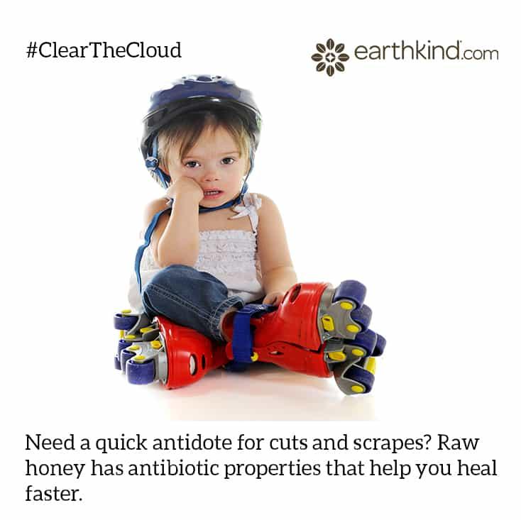 Honey Helps Heal Scrapes #ClearTheCloud
