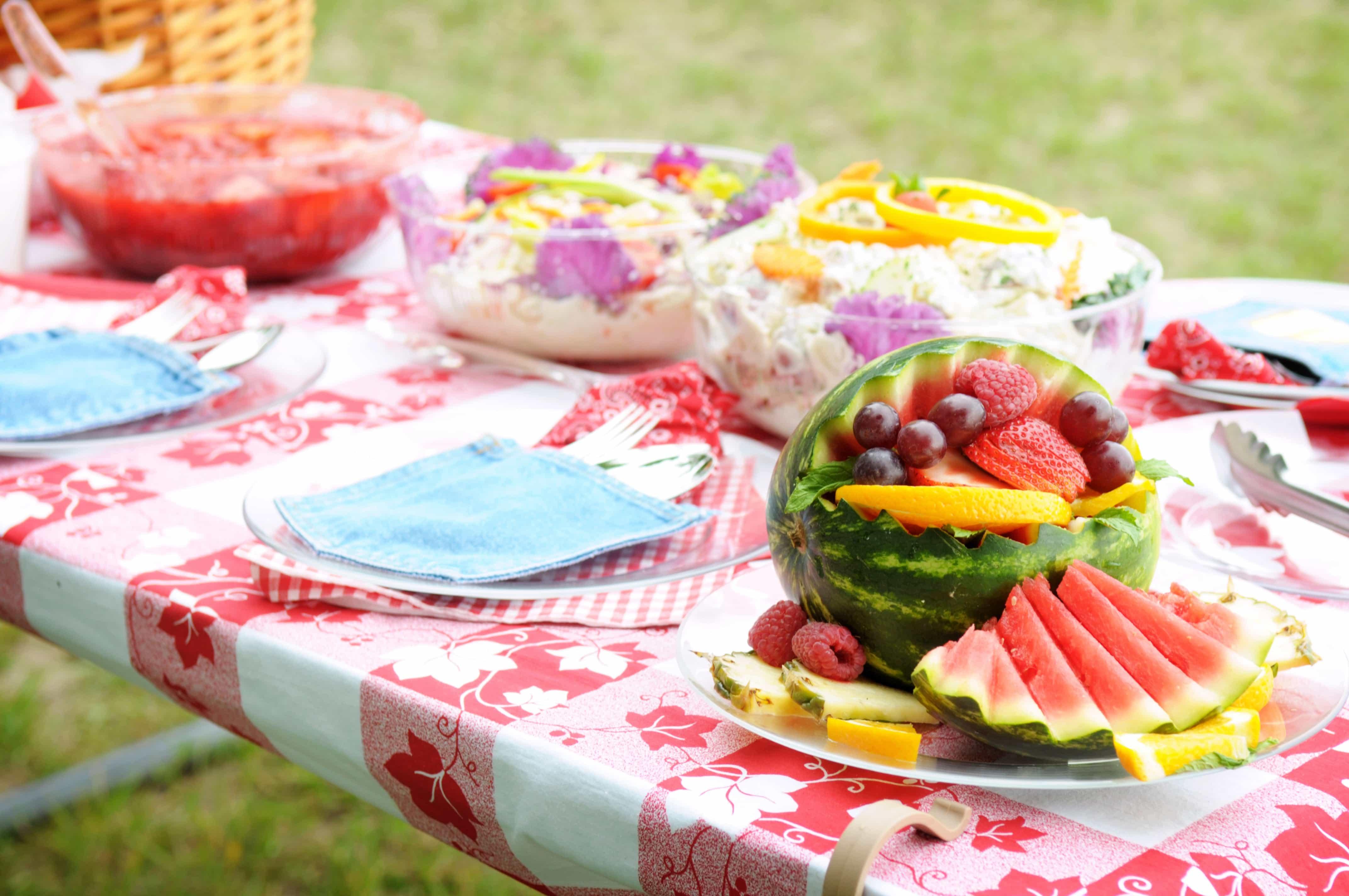 picnic_table_food